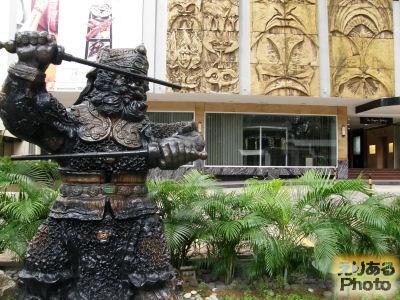 ヒルトン・シンガポールの彫像