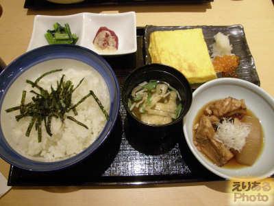 築地 寿司清 東京駅グランルーフ店の朝食、特上朝ごはん