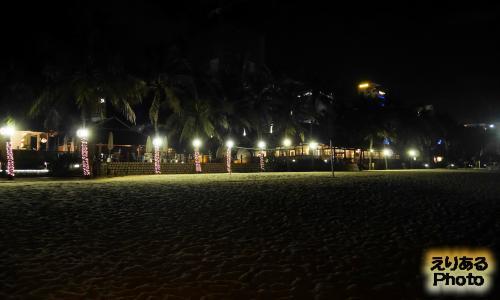 ニャチャンのナイトビーチ