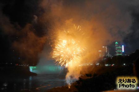 ナイアガラの滝 花火
