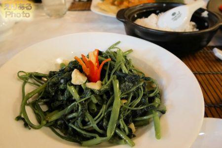 空心菜のガーリック炒め(water spinach with garlic)@シークレットガーデン(Secret Garden)